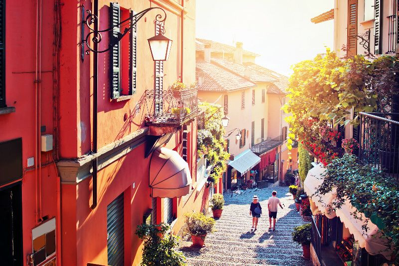 12-Day Italian Lakes Holiday and Northern Italy Tour