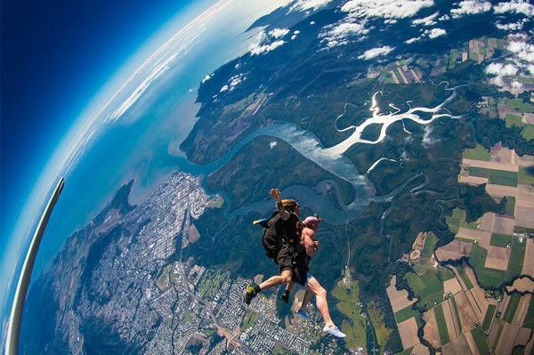 Tandem Skydive Experience in Cairns