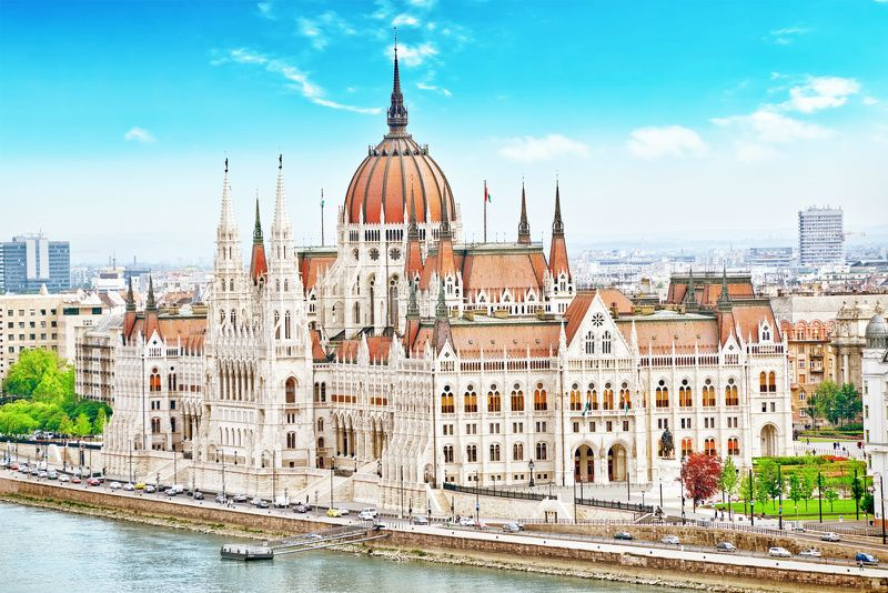 13-Day Balkan Peninsula and Central Europe Tour: Zagreb to Budapest