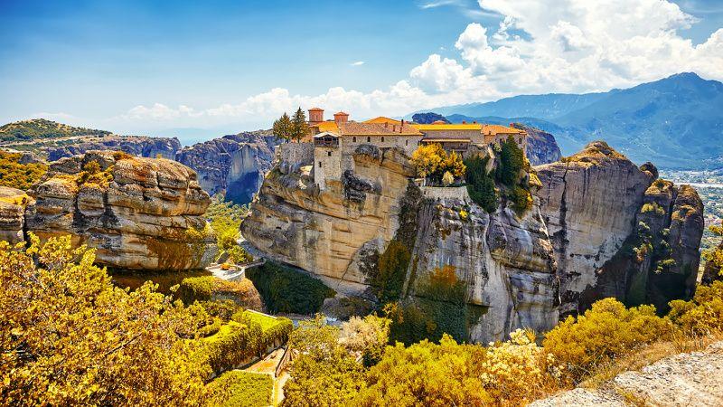 12-Day Eastern Europe and Balkan Peninsula Tour: Vienna to Athens
