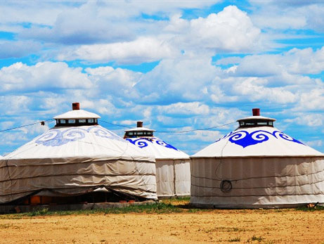 10-Day Horseback-riding Adventure to Inner Mongolia Tour from Hohhot