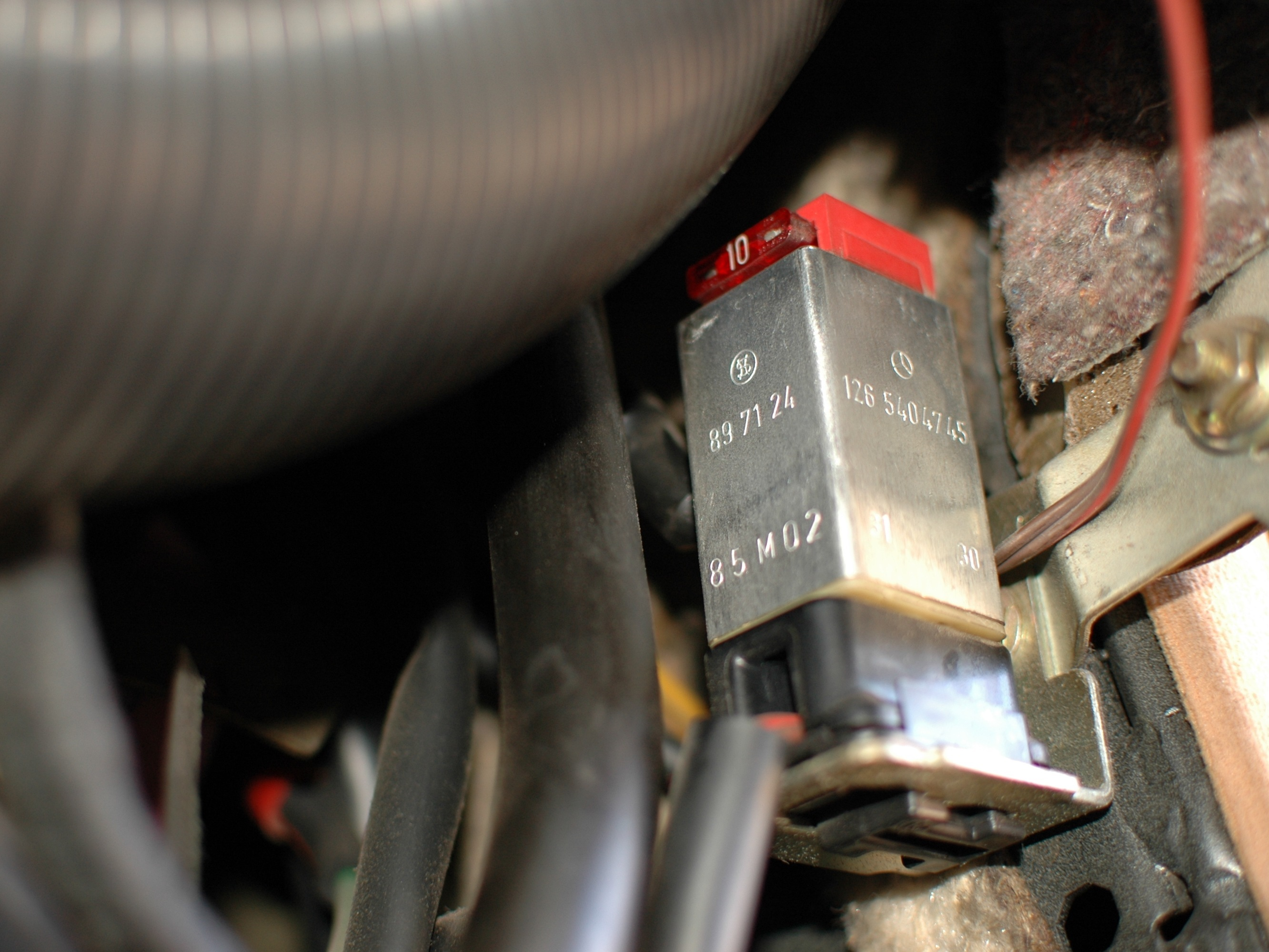 300d Fuse Box Mercedes W123 Over Voltage Protection Relay And Fuse