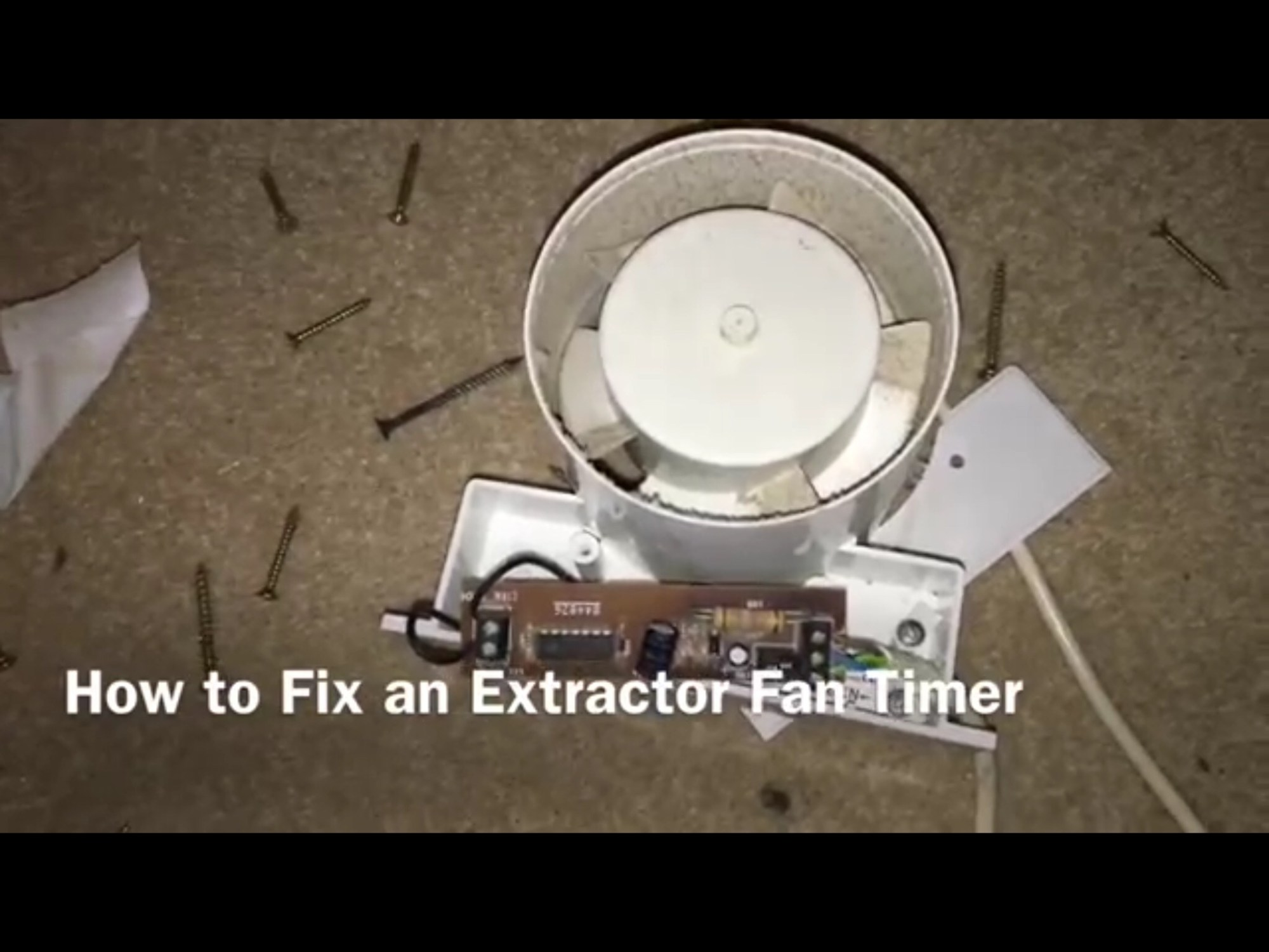 hight resolution of electrolytic capacitors in the timer circuit of a bathroom extractor