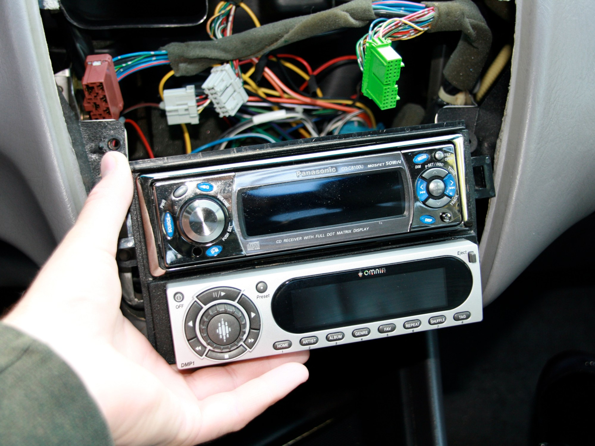 hight resolution of disassembling 1998 2002 honda accord stereo head unit 1998 1999 2000 2001 2002 ifixit repair guide