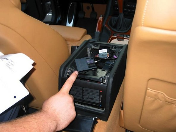 bmw e39 business radio wiring diagram 4 wire hot tub 1997 2003 5 series bluetooth hands free telephone system disconnect the blank tray if you was built after march 2002 production antenna will mount under this