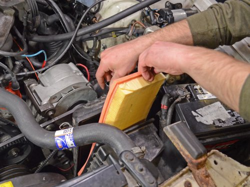 small resolution of 1986 1993 volvo 240 engine air filter replacement 1986 1987 1988 1989 1990 1991 1992 1993 ifixit repair guide