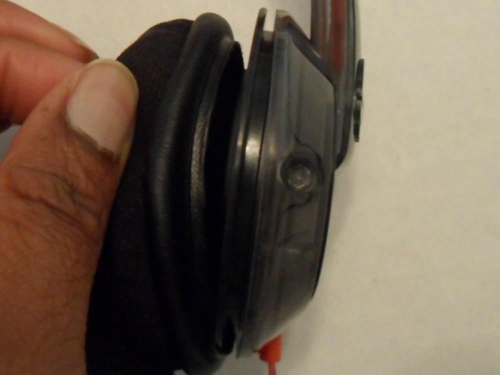 medium resolution of earpiece wiring