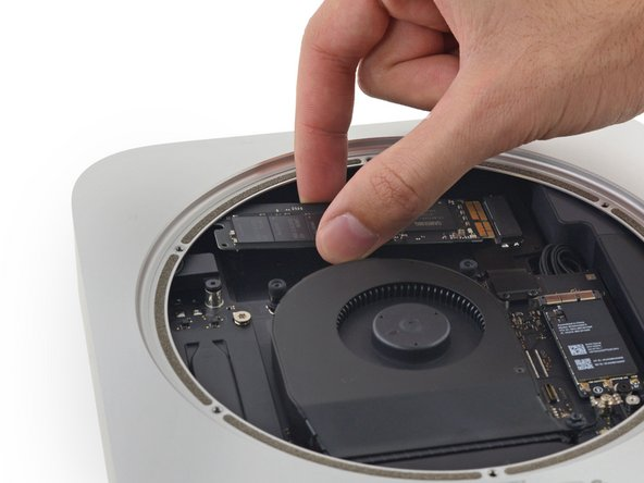 Mac Mini Late 2014 PCIe SSD Cable Replacement - iFixit