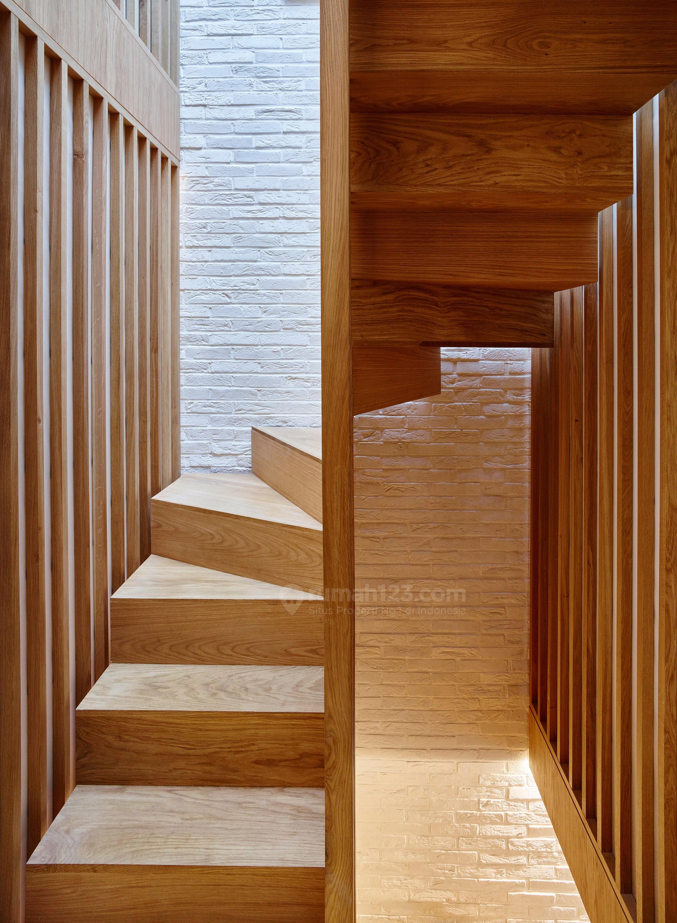 Desain Tangga Rumah Sempit : desain, tangga, rumah, sempit, Model, Tangga, Rumah, Sempit, Inspirasi, Desain