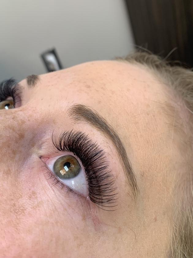 Eyebrow Threading Colorado Springs : eyebrow, threading, colorado, springs, Eyebrow, Threading-, Shishilya, Brows,, Lashes,, Microblading,, Permanent, Makeup,, Threading, Studio, Salon, Studios