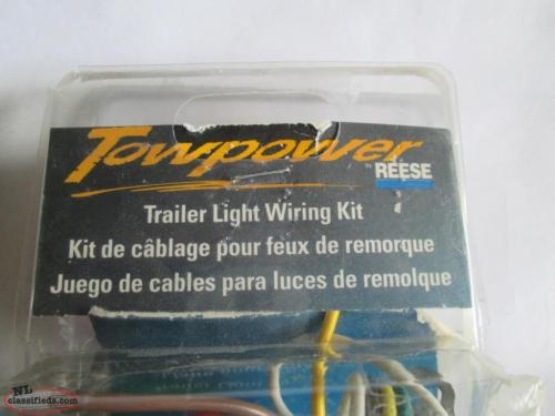 small resolution of  new towpower reese trailer tail light converter