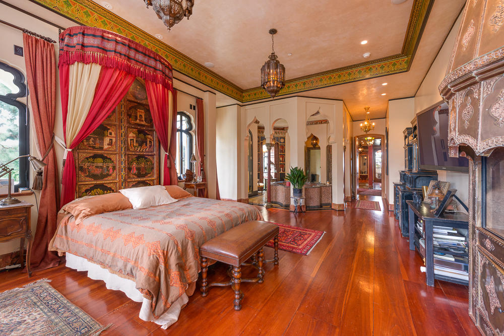 The Magnificent Moorcrest  Master Bedroom  Style  Faxo