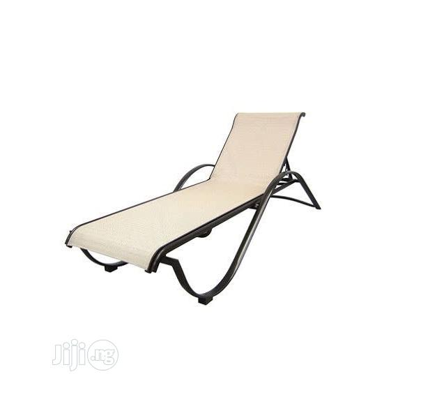 aluminium commercial stack chaise lounge