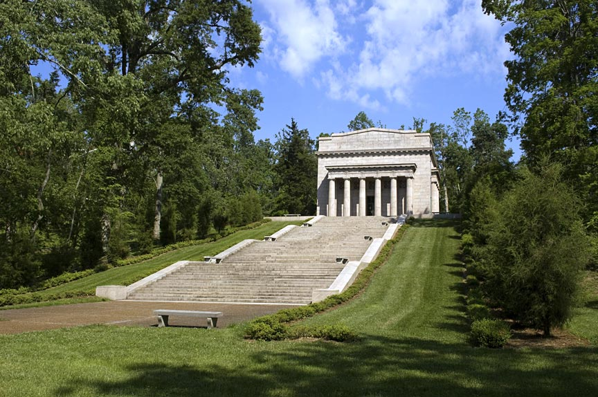 Abraham Lincoln Birthplace National Historical Park - Road Trip Planner, Road Trips USA, Road Trip America, Road Trips In USA, road trips planning, america road trip, road trip USA, best road trips in America, best road trip stops along I-65