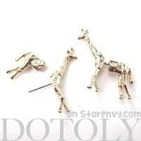 3D Fake Gauge Realistic Giraffe Animal Stud Earrings in ...