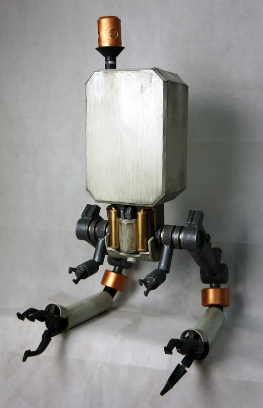 NieR Automata Pod 042 Pod 153 Cosplay Replica Prop For