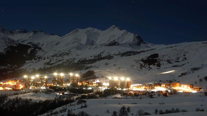 ski holidays le corbier les sybelles ski deals cheap ski packages lift pass