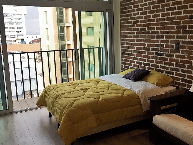 Un ejemplo de modelo Airbnb es el apartamento de Alejandra Rodas, ubicado en el Centro Histórico de la Zona 1. (Foto Prensa Libre: Cortesía)