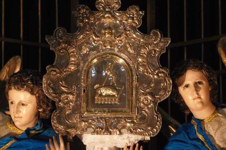 El punto de atención en la visita a las siete iglesias es el Sagrario, que guarda las hostias consagradas, el cuerpo de Cristo. (Foto: Néstor Galicia)