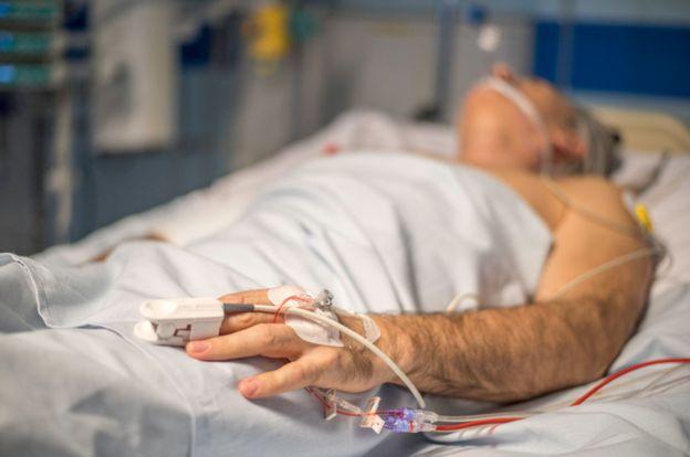 El sistema está pensado para salvar la vida de quienes sufren problemas inesperados. La medicina aún no puede curar a todos. ISTOCK