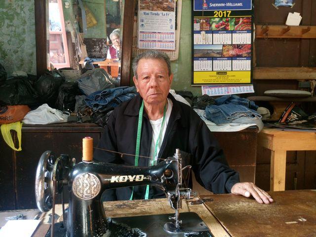 Aprendió el oficio cuando tenía ocho años. (Fotos Prensa Libre: José Luis Escobar).