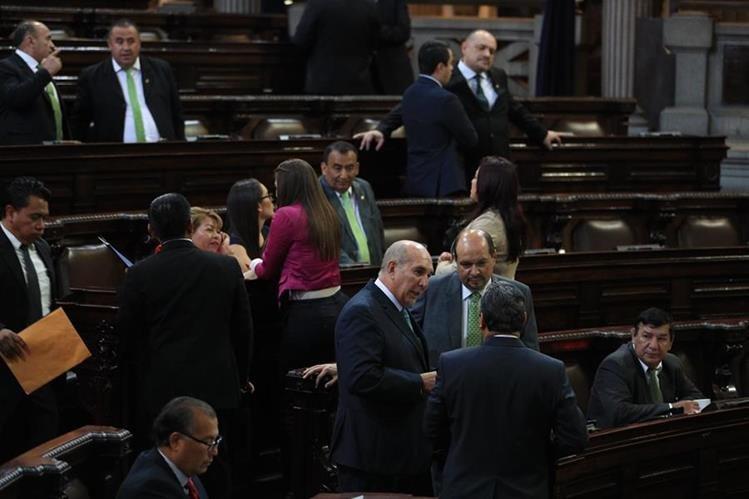 Comisión tendrá 45 días para hacer propuestas sobre el delito de financiamiento electoral ilícito. (Foto Prensa Libre: Carlos Hernández)