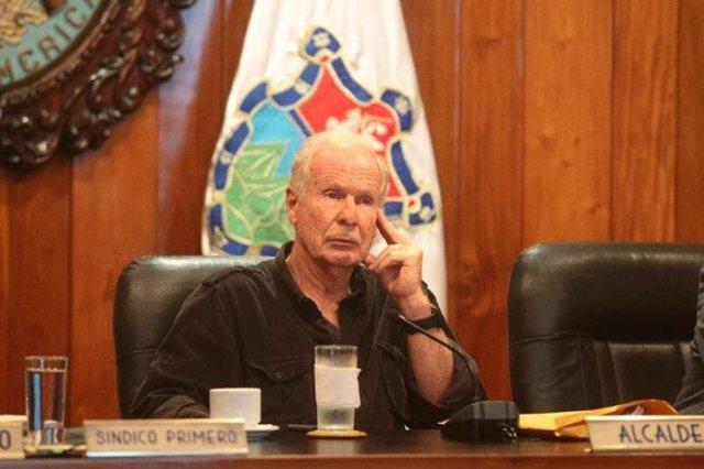 El alcalde capitalino Álvaro Arzú falleció a los 72 años, a causa de un infarto. (Foto Hemeroteca PL)