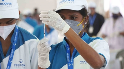 Hyderabad :  Mega Covid vaccination administration drive was inaugurated by Director of Public Health (DPH) Dr G Srinivasa Rao at Hitex Exhibition Ground, by Medicover Hospitals in Hyderabad on Sunday 06 June 2021.  (Photo: IANS)