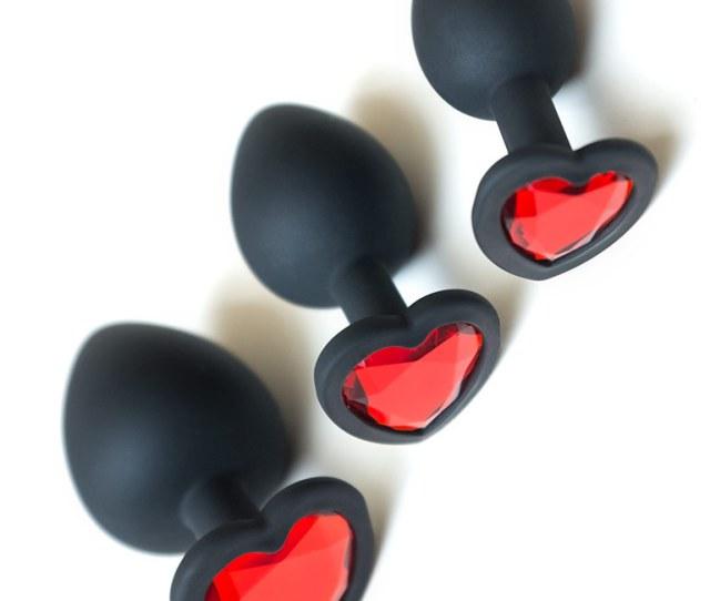 Heart Anal Trainer Kit Black W Red Gem