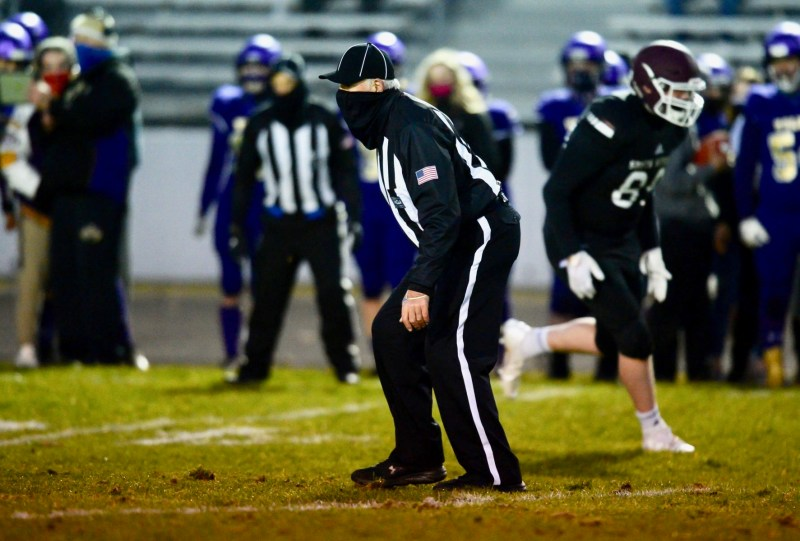 This image has an empty alt attribute; its file name is mike-colbrese-football-referee10-1773x1200-1.jpeg