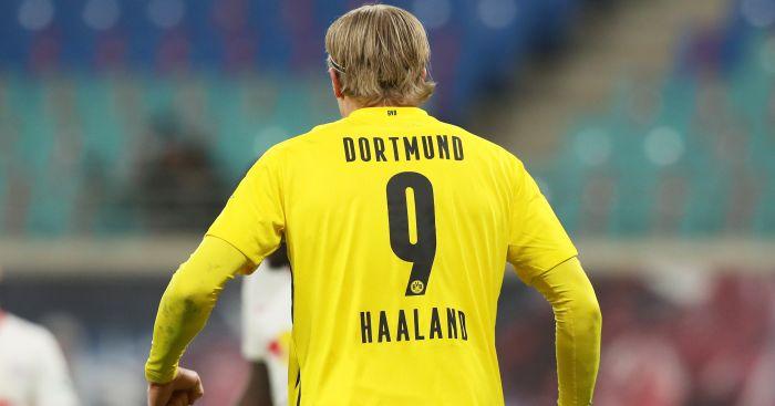 Man Utd make massive, nine-figure striker offer