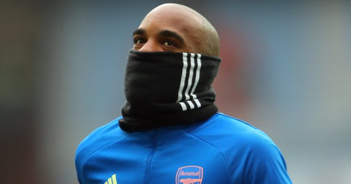 Alexandre Lacazette Arsenal snood TEAMtalk