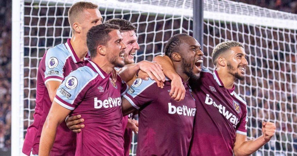 Tomas Soucek, Pablo Fornals, Declan Rice, Michail Antonio, Said Benrahma West Ham goal celeb Premier League