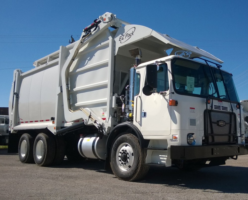 medium resolution of 2018 autocar acx64 front load cfel garbage truck w ez pack body