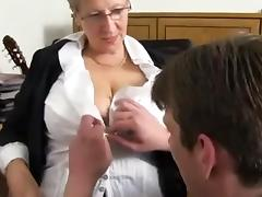 Free Mom Porn Tube