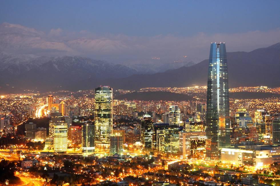 Torre Costanera, el mejor mirador 360º de la ciudad.