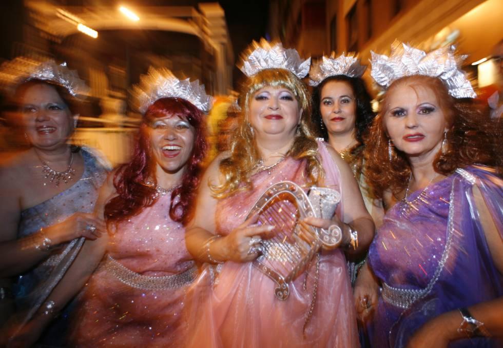 """""""Carnaval, carnaval, (por el dinero) te quiero"""""""