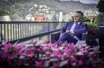 Antón Pradera, en la sede de CIE Automotive en Bilbao.