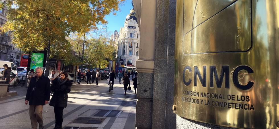 La CNMC expedienta a Telefónica por posible incumplimiento de compromisos en la compra de DTS