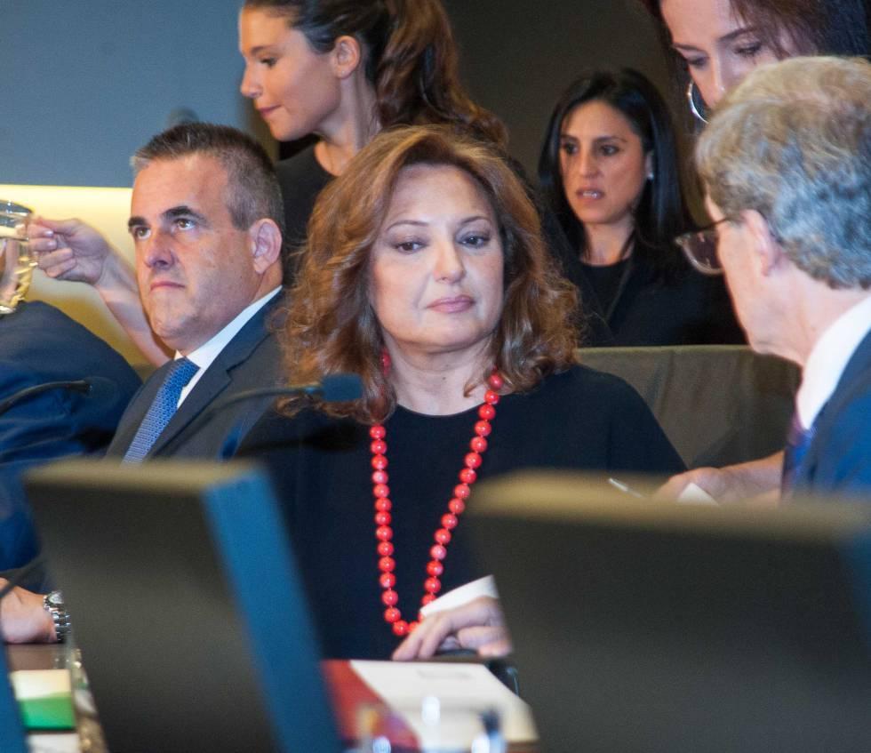 Marta Álvarez, antes de comenzar la junta general de accionistas de El Corte Inglés.