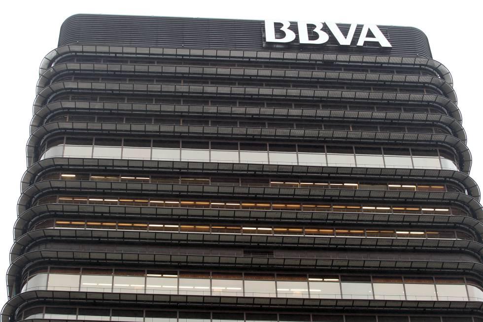 Plantas superiores de la antigua sede de BBVA en Castellana 81.