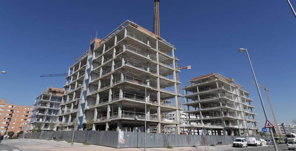 Viviendas en construcción en Villaverde (Madrid).