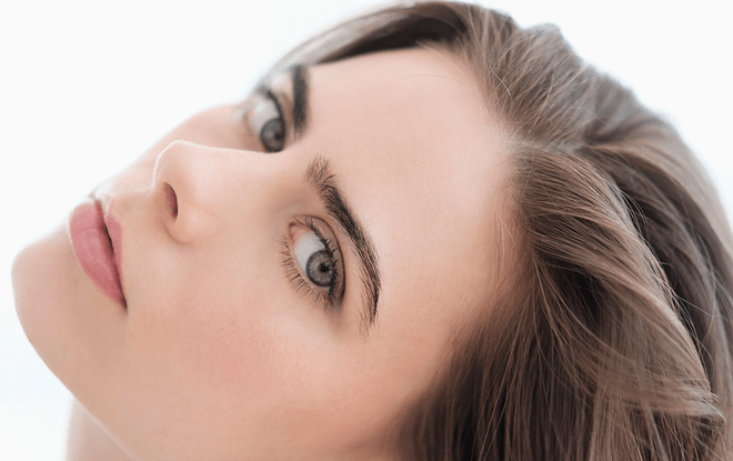 Elke Shares Microblading Red Flags for New Beauty Magazine 1
