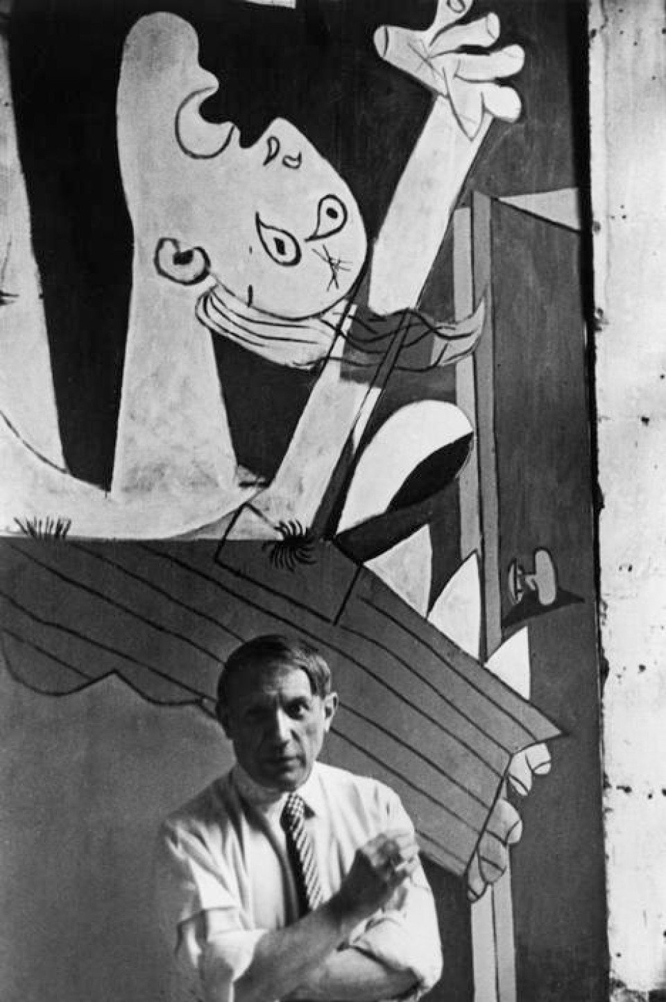 David Seymour Spanish Painter Pablo Picasso In Front Of