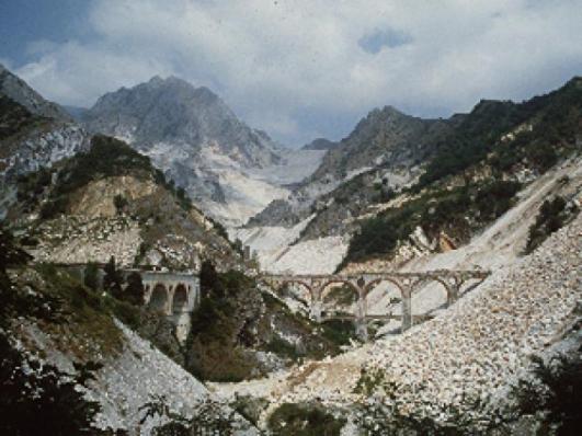 Risultati immagini per ponti di vara carrara