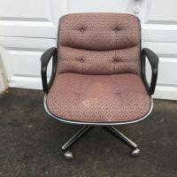Mid-Century Modern Swivel Desk Chair by Charles Pollock ...