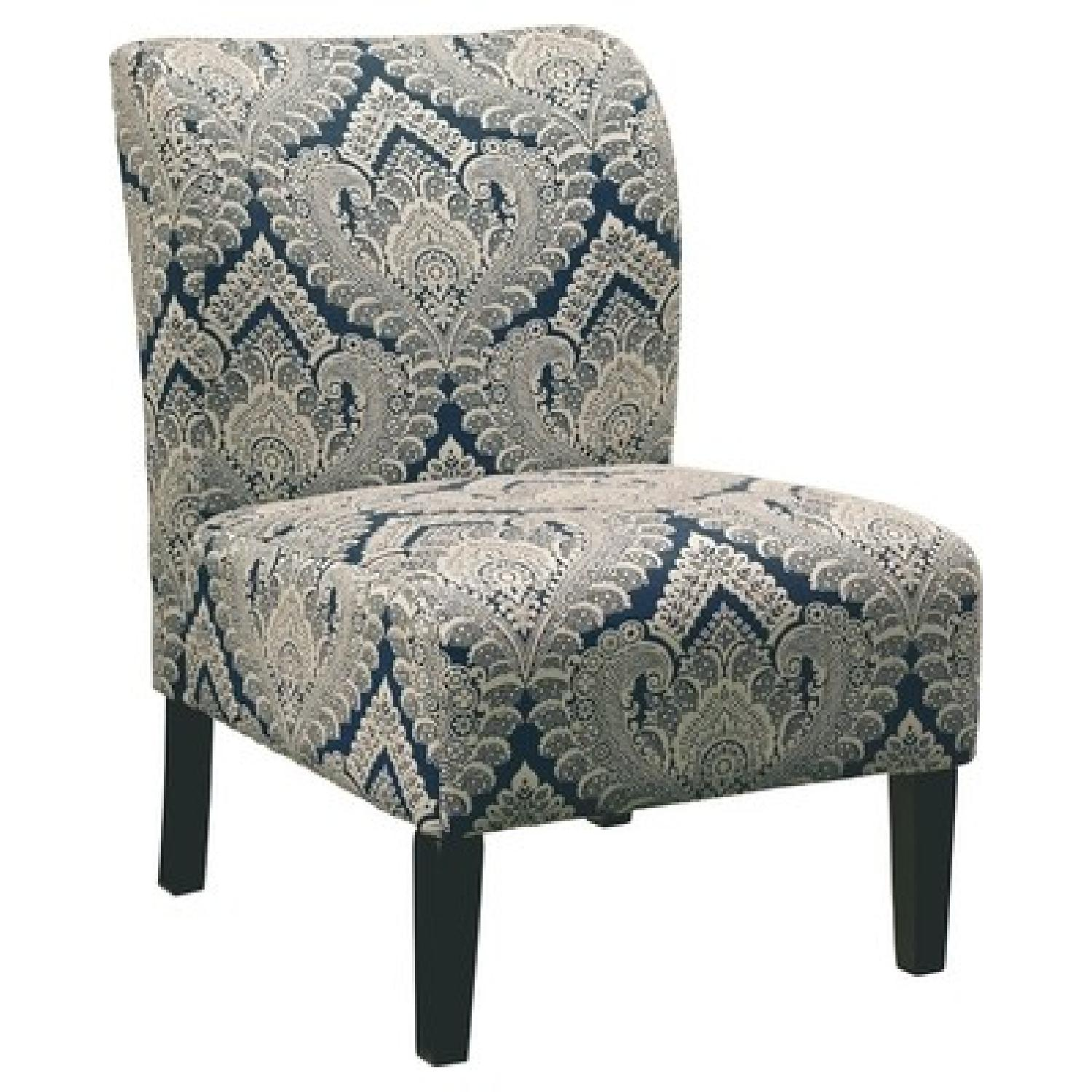 Ashley Chairs Ashley Honnally Sapphire Blue Accent Chairs