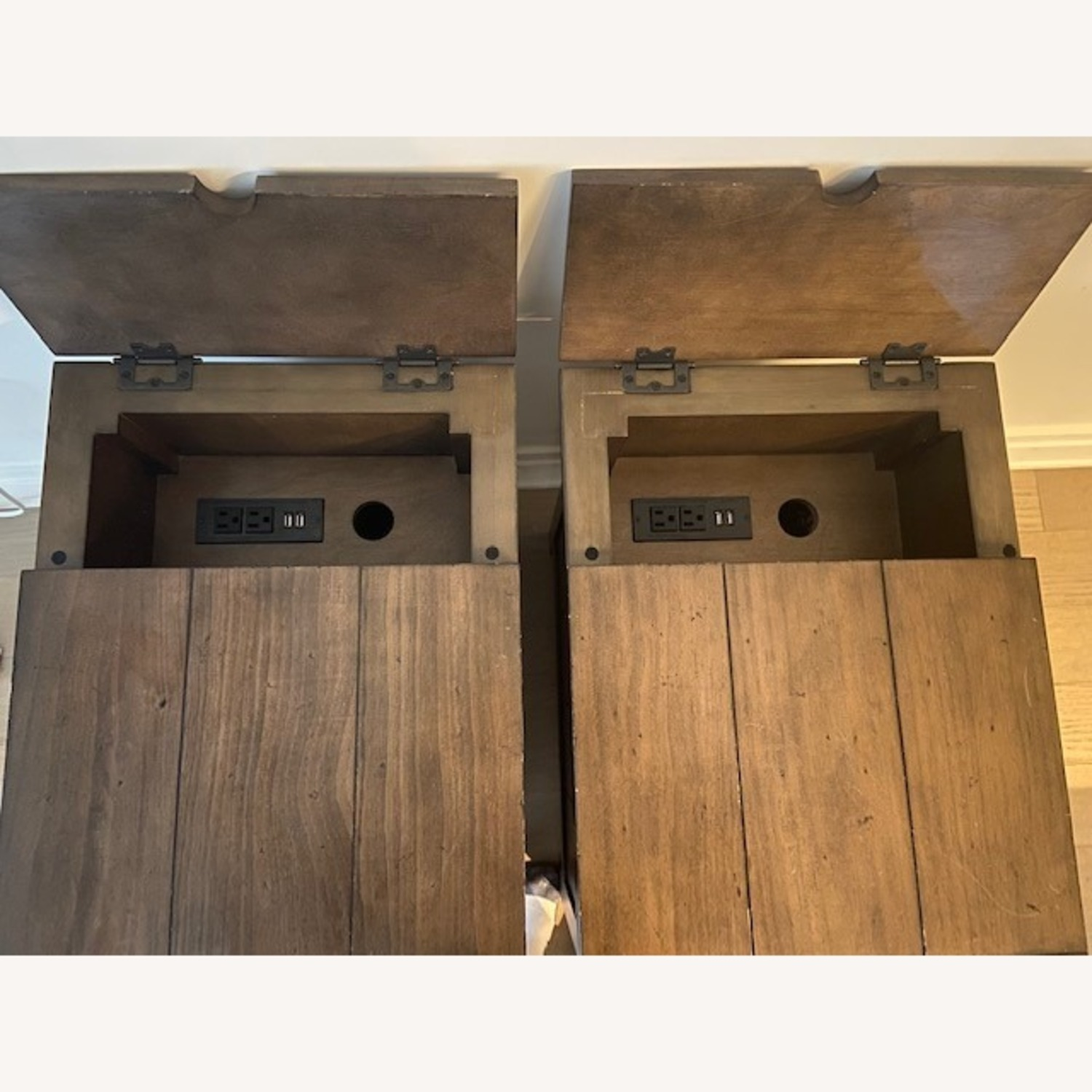 broyhill end tables with built in outlets and usb