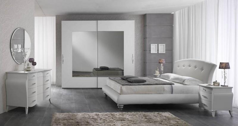 Scopri le camere da letto moderne e classiche:. Spar
