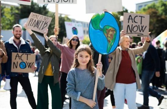 La crisis climatica afecta a todas las regiones del planeta y se intensifica por la actividad humana